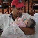Peran Ayah Ternyata Sangat Penting untuk Kesehatan Bayi, Ini Penjelasannya!
