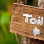 Tips Menggunakan dan Membersihkan Kursi Toilet Lipat